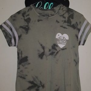 Green tiedye shirt